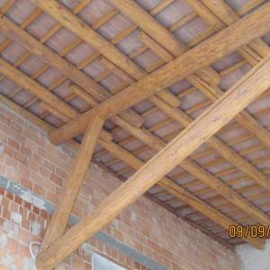 Sabbiatura di travi in legno e soffitto